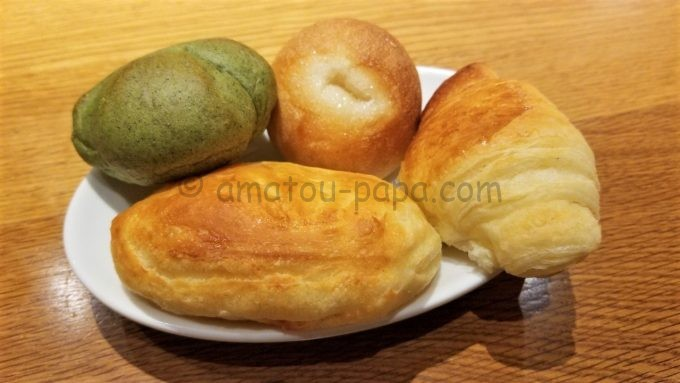 鎌倉パスタの食べ放題のパン