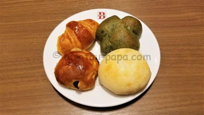 ベーカリーレストラン バケット(BAQET)の焼き立てパン