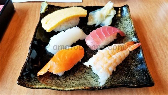 どん亭の寿司