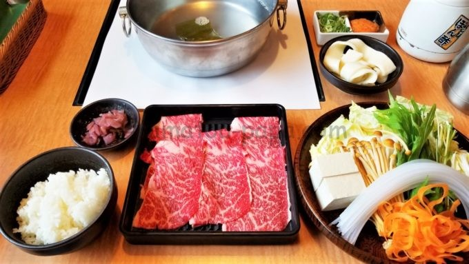 どん亭の国産牛ロース定食