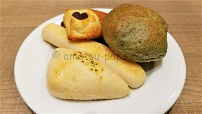 ブレッドガーデンのパン