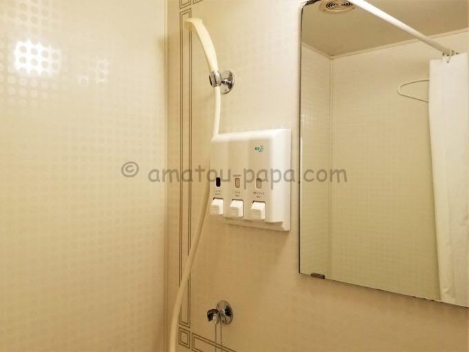 センターホテル大阪の浴室