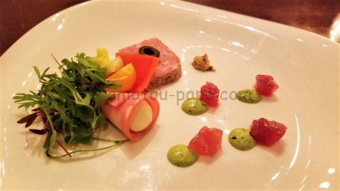 東京ディズニーシーのレストラン「リストランテ・ディ・カナレット」のコールドミートと鮪のマリネ