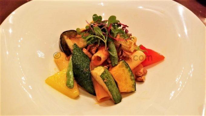 東京ディズニーシーのレストラン「リストランテ・ディ・カナレット」のミッレリーゲ、ベジタブルのトマトソース