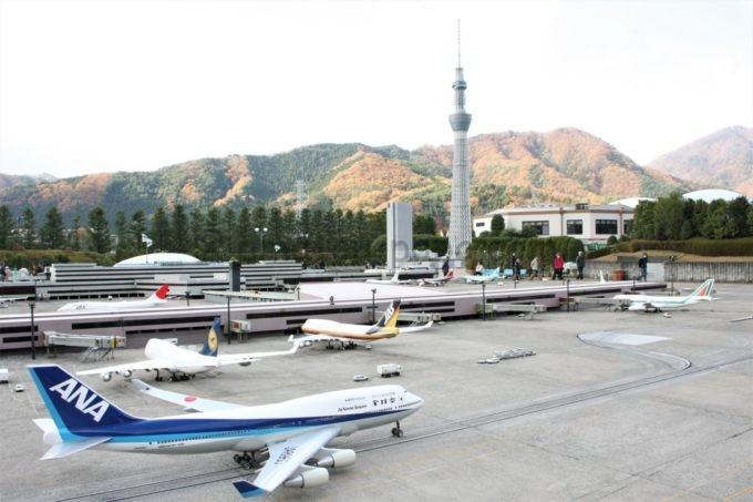 東武ワールドスクウェアの羽田空港とスカイツリー