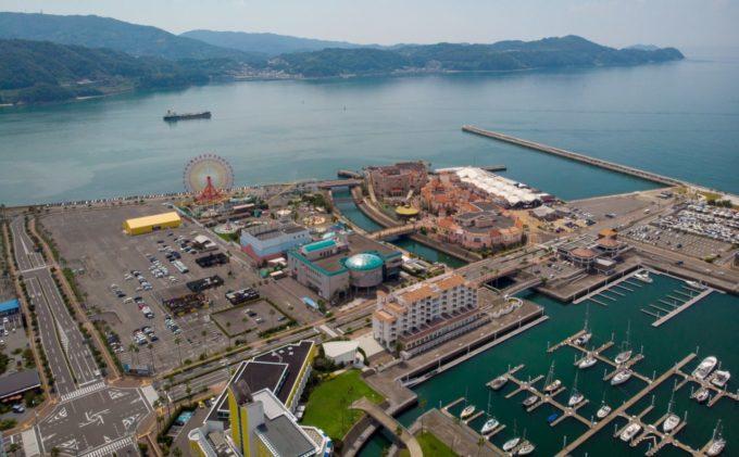 和歌山マリーナシティポルトヨーロッパを中心とした全景