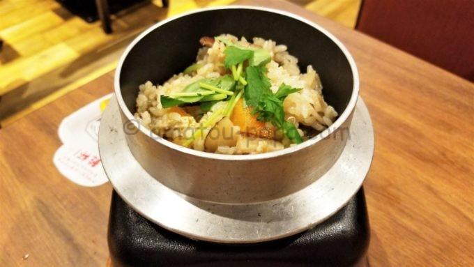 三代目鳥メロの鶏釜飯