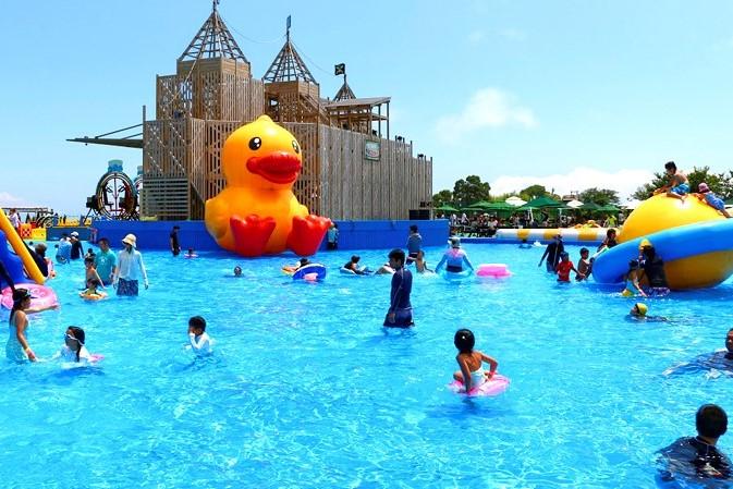 伊豆ぐらんぱる公園のプール(ウォーターランドぷるぷる)