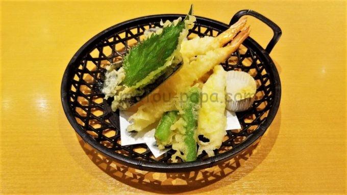 にぎり長次郎の海老天ぷら盛り合わせ