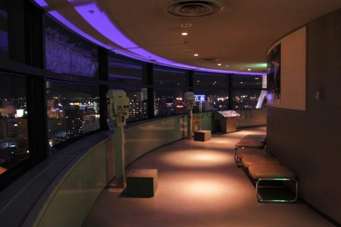 青青森県観光物産館アスパム展望台からの夜景と雰囲気