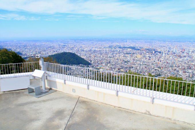 藻岩山(もいわやま)山頂展望台から眺める景色