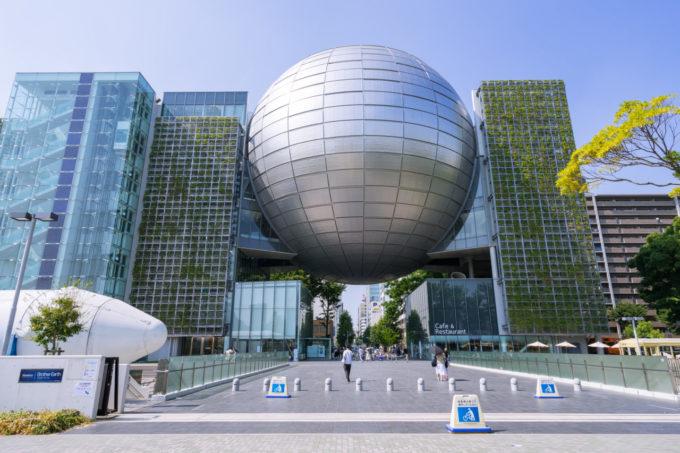 名古屋市博物館の入り口