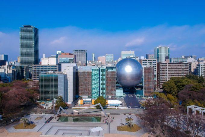 名古屋市博物館の全景