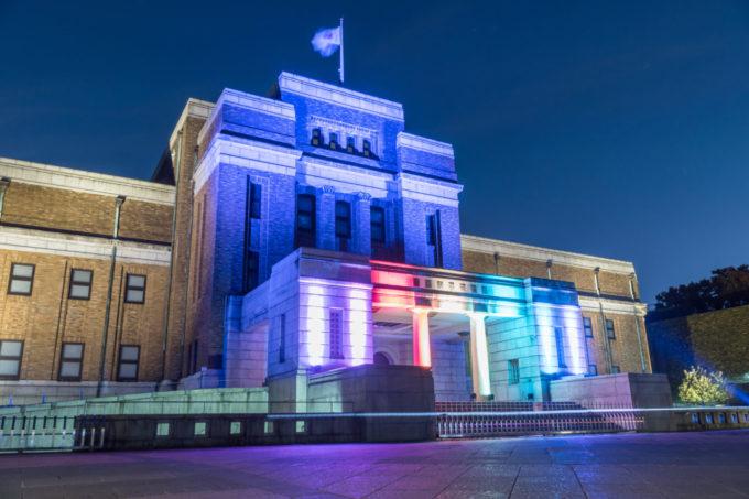 国立科学博物館のライトアップ