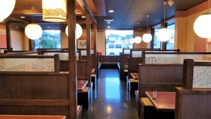 和風レストラン「まるまつ」の座席