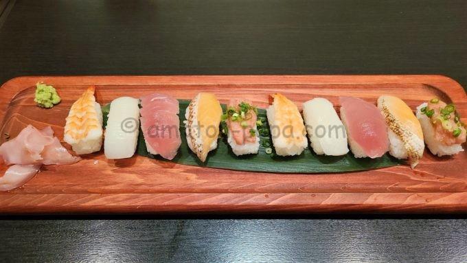 きんくら酒場 金の蔵の寿司10貫盛り合わせ