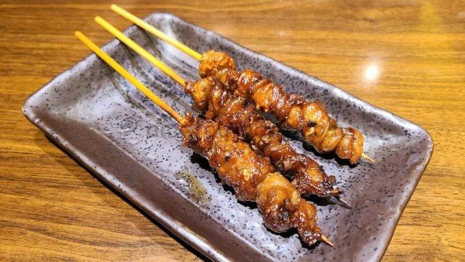 九州熱中屋の博多の皮串
