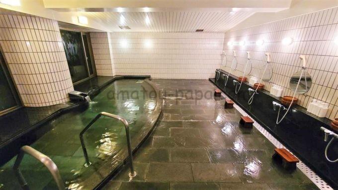 シェラトン・グランデ・トーキョーベイ・ホテルのジャパニーズスイート宿泊者限定の貸切専用浴場「ゆう裕」