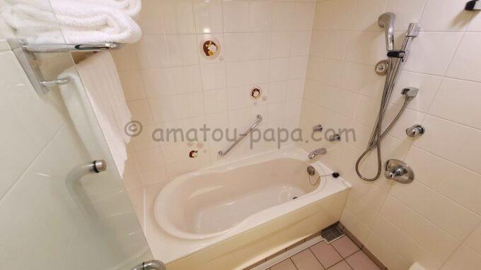 シェラトン・グランデ・トーキョーベイ・ホテルのファミリープレミアムルーム(トレジャーズルーム)のお風呂