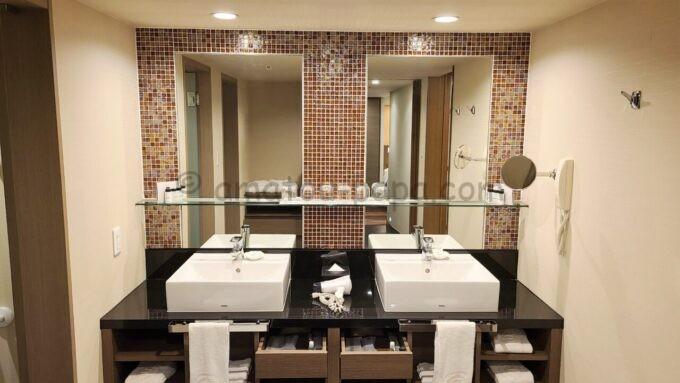 シェラトン・グランデ・トーキョーベイ・ホテルのジャパニーズスイート(和室スイート)の洗面所