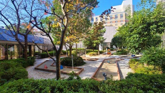 シェラトン・グランデ・トーキョーベイ・ホテルのパターゴルフ「ペントンゴルフ」