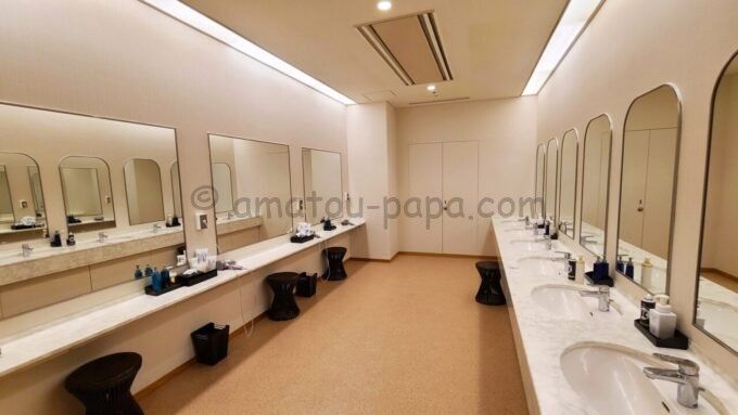 ザ・プリンス さくらタワー東京、オートグラフ コレクションの大浴場の化粧室