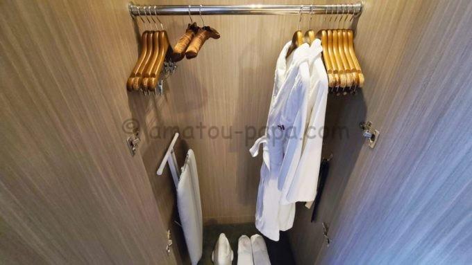 東京マリオットホテルのバスローブ・スリッパ