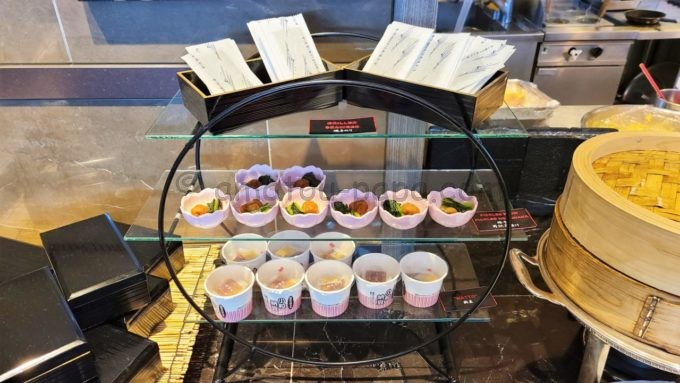 東京マリオットホテルの朝食(焼きのり・梅干し・納豆)