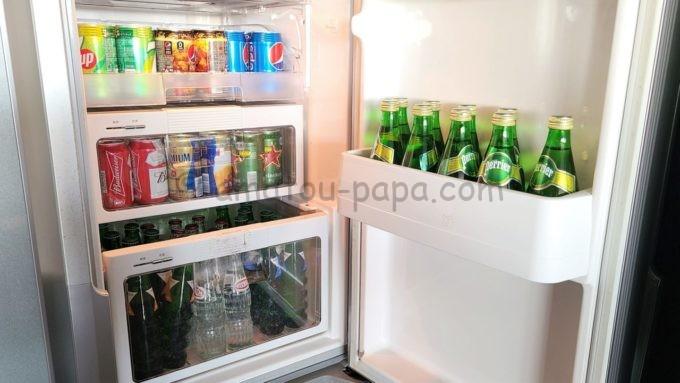 東京マリオットホテルの冷蔵庫内のドリンク