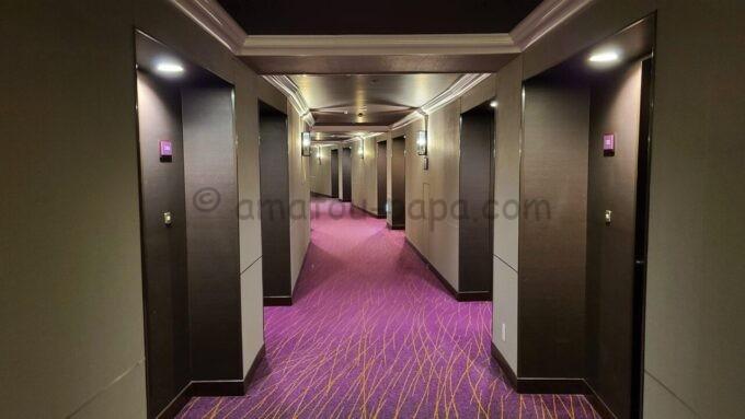 シェラトン・グランデ・トーキョーベイ・ホテルのシェラトンクラブルームフロア