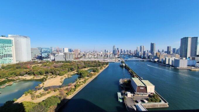 メズム東京、オートグラフ コレクションのchapter 1(ダブル、ガーデンビュー、バルコニー)から眺める東京スカイツリー方面