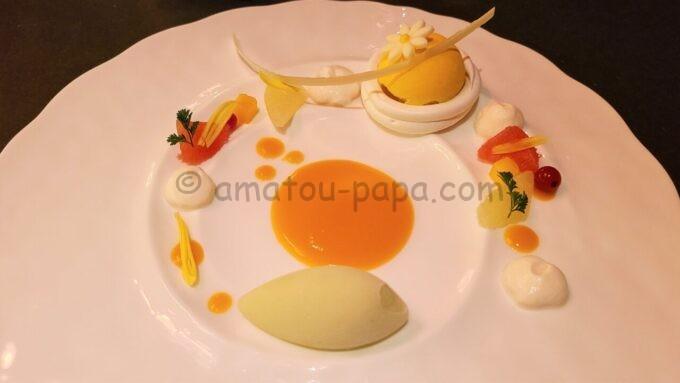 カンナのウィンタースタイリッシュカンナ「レモンバーベナ香る柚子シブーストのパブロヴァ 青りんごソルベ」