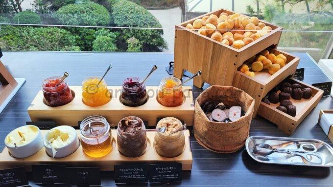ヒルトン東京ベイのザ・スクエアでの朝食(プチパンケーキ)
