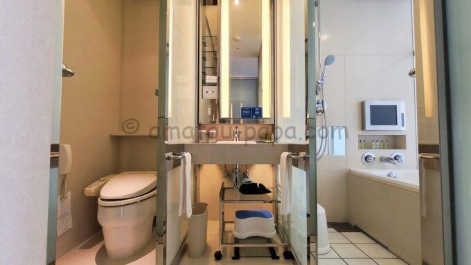 ヒルトン東京ベイのセレブリオセレクトの洗面所(バスルーム)