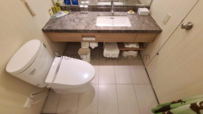 ヒルトン東京ベイのファミリーハッピーマジックルームのトイレ