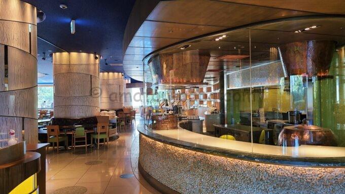 ヒルトン東京ベイの朝食会場「ザ・スクエア」のフォレストガーデン