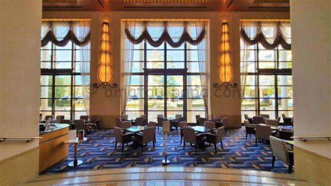 ディズニーアンバサダーホテルのハイピリオン・ラウンジ