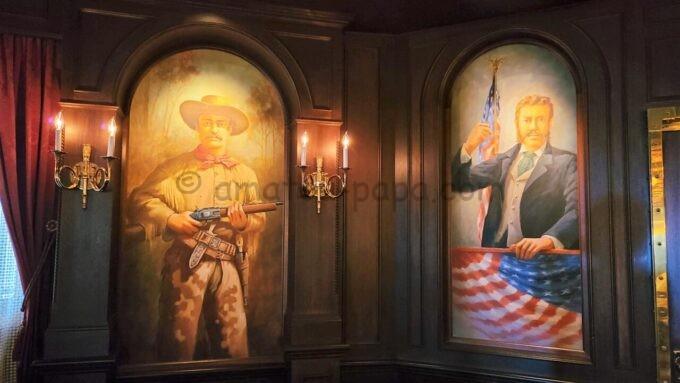 テディ・ルーズヴェルト・ラウンジの壁に描かれているルーズべルド元大統領