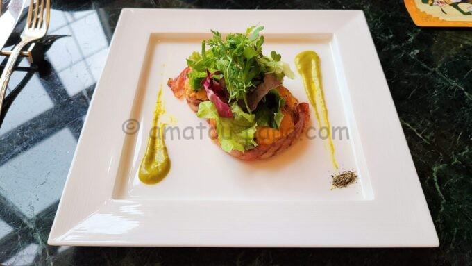 ドリーマーズ・ラウンジのポテトとベーコンのチェダーチーズグリル