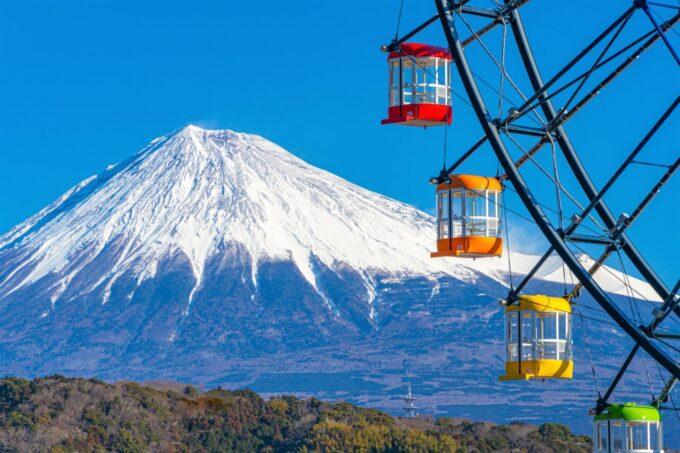 富士川サービスエリア「大観覧車 フジスカイビュー」のゴンドラ