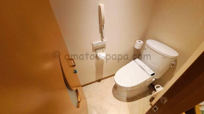 ヒルトン東京ベイ ハッピーマジックスイート(キッズルーム)のトイレ