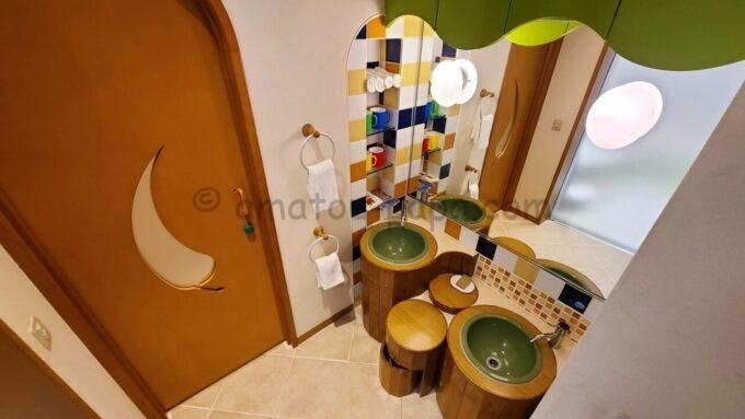 ヒルトン東京ベイ ハッピーマジックスイート(キッズルーム)の洗面台