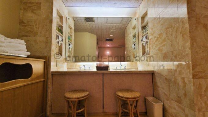 ホテルオークラ東京ベイの貸切風呂の洗面台