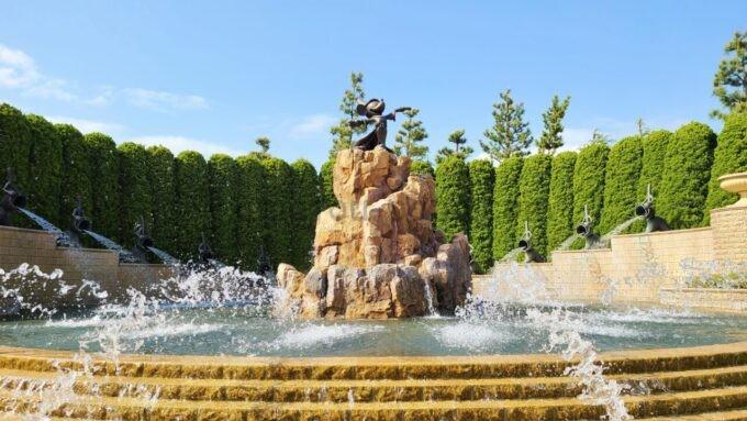 東京ディズニーランドホテルのファンタジアの噴水