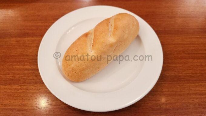 イーストサイド・カフェのスペシャルセットの「パン」
