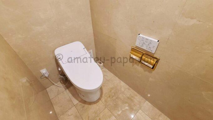 グランドニッコー東京ベイ舞浜のニッコーデラックスファミリールームのトイレ