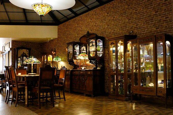 ニューヨークランプミュージアム&フラワーガーデンの「ティファニーミュージアム別館&cafe」
