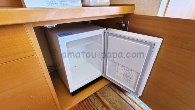 東京ベイ舞浜ホテルのハーモニールームの冷蔵庫