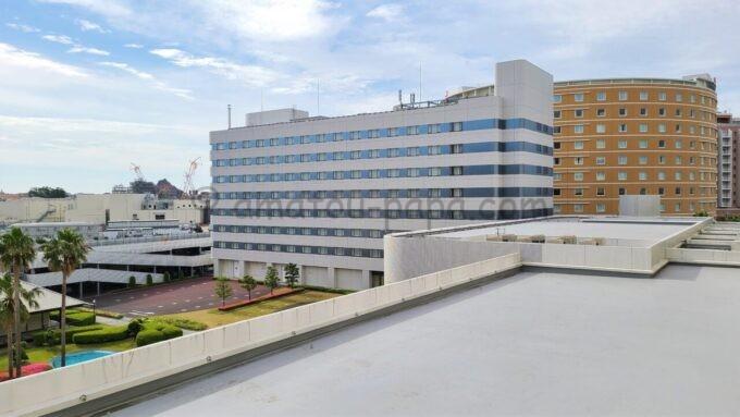 東京ベイ舞浜ホテル ファーストリゾートのキャッスルルーム・ワンダーからの眺望(東京ディズニーシー、東京ベイ舞浜ホテル方面)