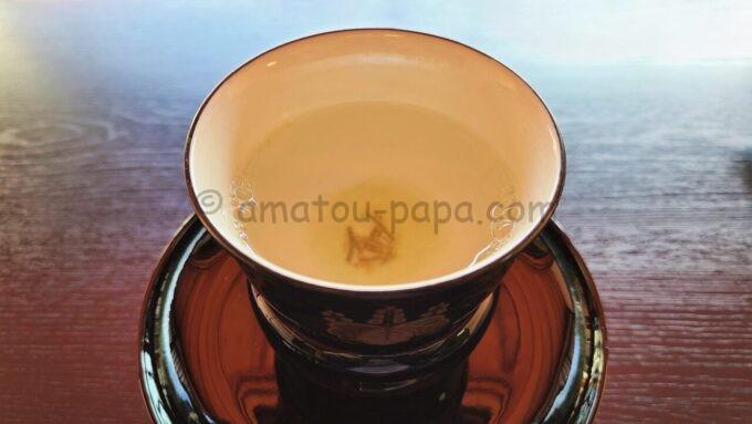 アメックの高台寺塔頭 圓徳院「京都特別観光ラウンジ」で提供された昆布茶